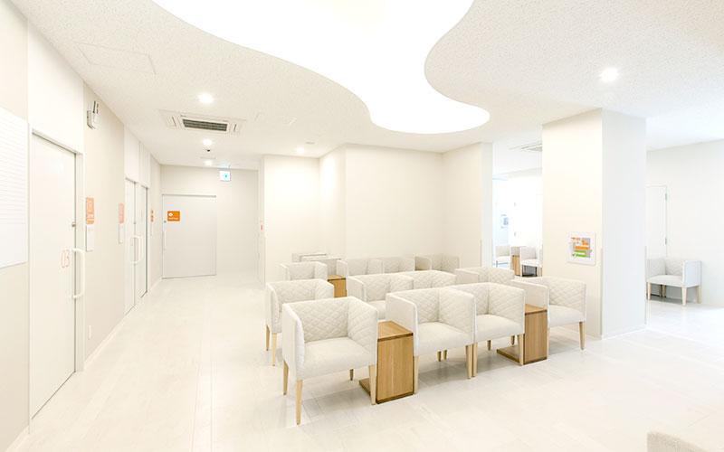 産科婦人科待合室